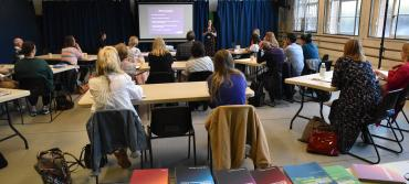 LAMDA new syllabus presentation in a classroom